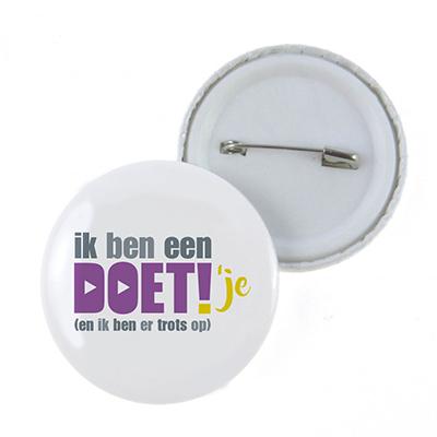 Button HVO-querido DOET!